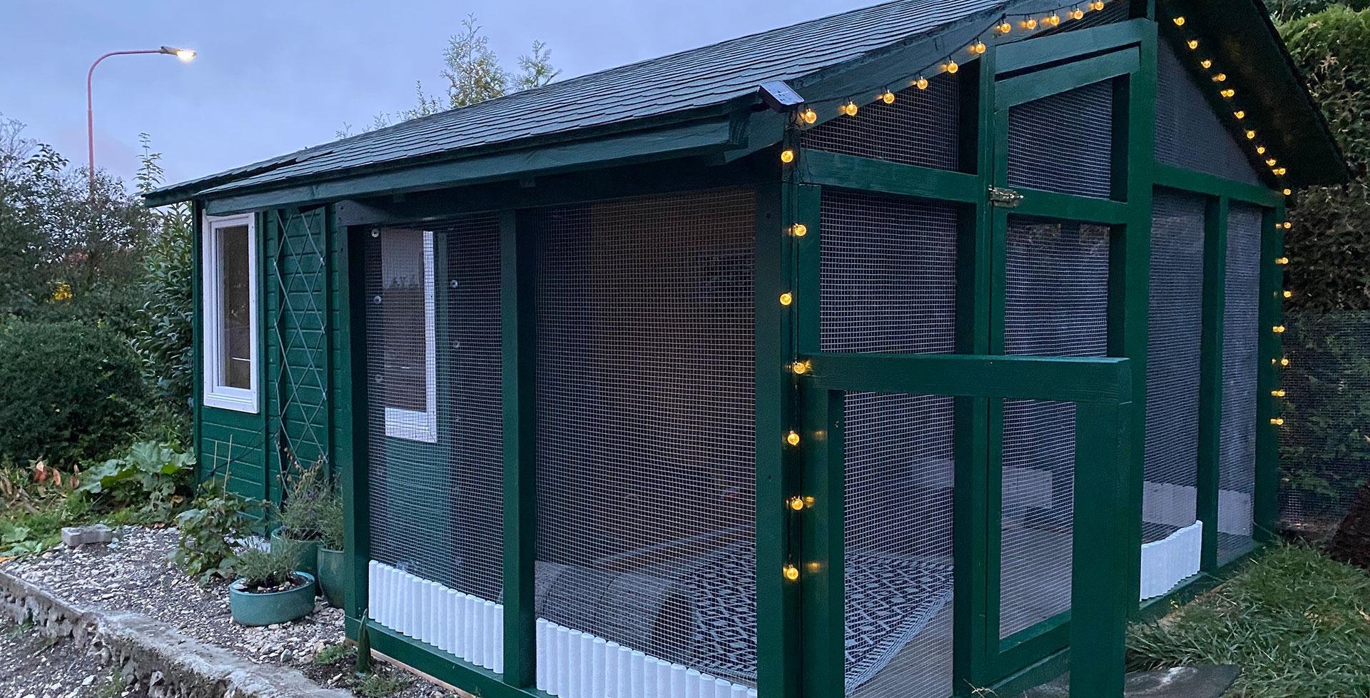 Eine Kaninchen-Wohnung für draußen